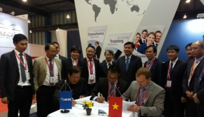 AESC – The first Enterprise from Viet Nam participates in the biggest aviation exhibition in Asia (Singapore Air show 2014)